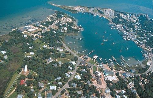 http://www.ocracokeisland.com/ocracoke_harbor_air1.jpg